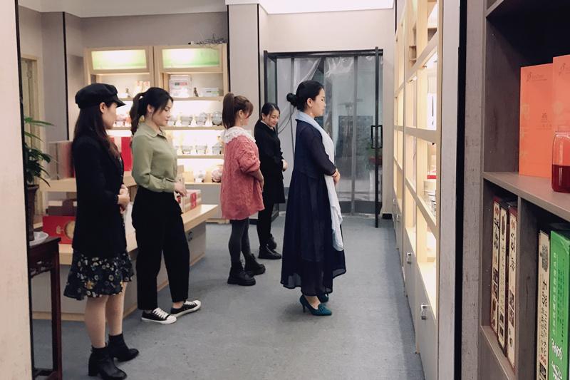 湖北茶叶网(艺茗道)茶艺培训中心携手仙桃品品香茶馆
